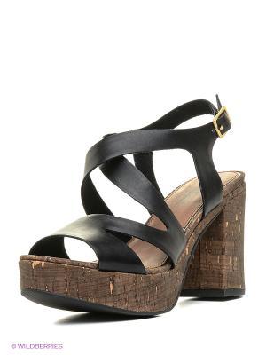 Босоножки на каблуке S.OLIVER. Цвет: черный