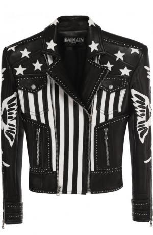 Приталенная кожаная куртка с косой молнией Balmain. Цвет: черно-белый