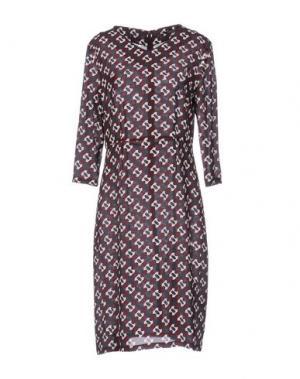 Платье до колена LAURA URBINATI. Цвет: какао