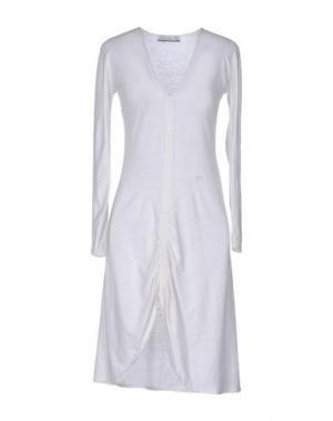Платье до колена CARLO CHIONNA. Цвет: белый