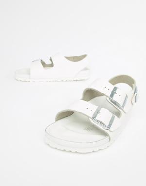 Birkenstock Milano Leather Flat Sandals. Цвет: белый