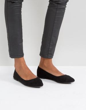 QUPID Балетки с острым носком. Цвет: черный