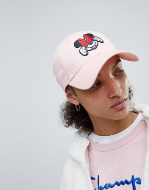 New Era Розовая кепка с нашивкой Минни-Маус 9Forty. Цвет: розовый