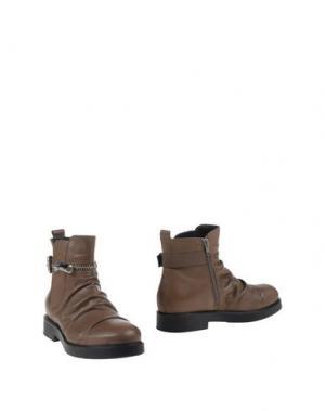 Полусапоги и высокие ботинки FORMENTINI. Цвет: хаки