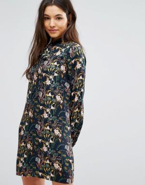 Greylin Платье с цветочным принтом и завязкой у горловины Breann. Цвет: мульти