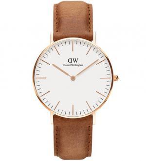 Кварцевые часы с кожаным ремешком Daniel Wellington