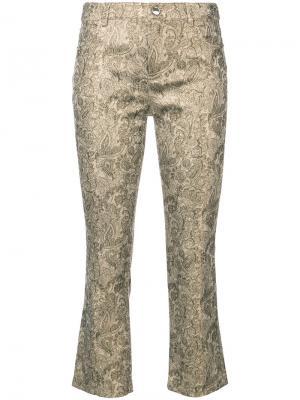 Укороченные расклешенные брюки Drew Alice+Olivia. Цвет: металлический