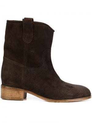 Ботинки на каблуке Chuckies New York. Цвет: коричневый