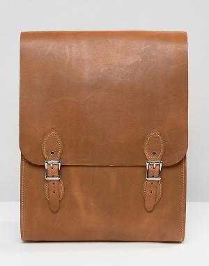 Leather Satchel Company Рюкзак цвета дуба. Цвет: рыжий