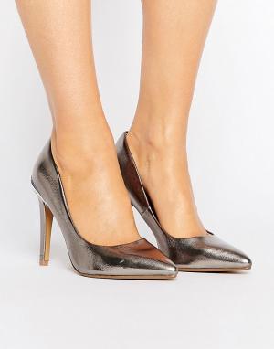Head Over Heels Туфли-лодочки с острым носком и эффектом металлик By D. Цвет: серебряный