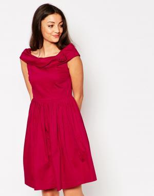 Emily and Fin Платье со спущенными плечами & Norma. Цвет: красный