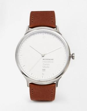 Mondaine Часы с кожаным ремешком Helvetica. Цвет: коричневый