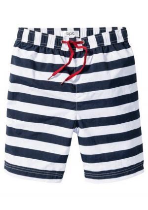 Пляжные шорты. Цвет: в клетку