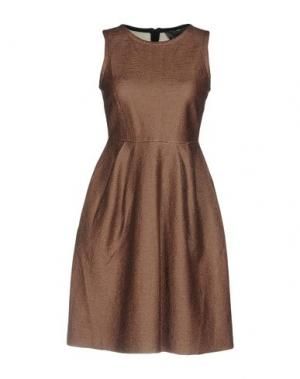 Короткое платье ES'GIVIEN. Цвет: коричневый