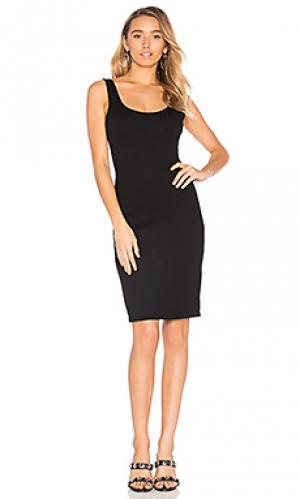 Платье с глубоким декольте BLAQUE LABEL. Цвет: черный