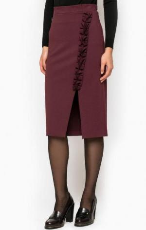 Бордовая юбка-карандаш с разрезом POIS. Цвет: бордовый