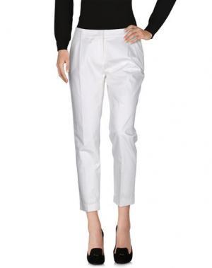 Повседневные брюки ROBERTA SCARPA. Цвет: белый