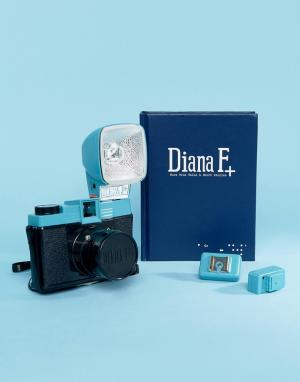 Lomography Фотоаппарат Diana F. Цвет: мульти