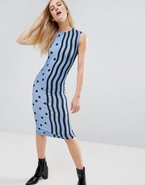 House of Holland Трикотажное платье миди с принтом. Цвет: синий