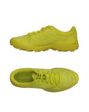 Низкие кеды и кроссовки HAGLÖFS. Цвет: кислотно-зеленый