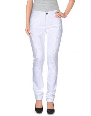 Повседневные брюки GIAMBA. Цвет: белый