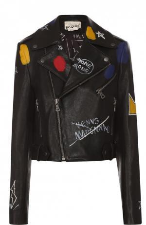 Укороченная кожаная куртка с контрастным принтом Alice + Olivia. Цвет: черный