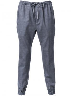Спортивные штаны на завязках monkey time. Цвет: серый
