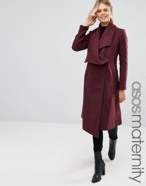 ASOS Maternity Пальто-трапеция для беременных с каскадной отделкой. Цвет: красный