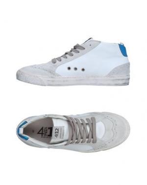 Высокие кеды и кроссовки QUATTROBARRADODICI. Цвет: белый