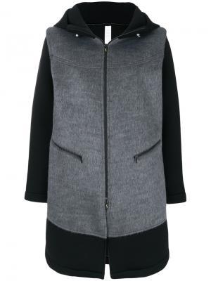 Пальто с капюшоном и вставками Sàpopa. Цвет: серый