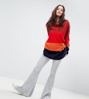 Rokoko Расклешенные трикотажные брюки в рубчик. Цвет: серый