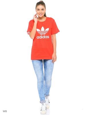 Футболка спортивная жен. BF TREFOIL TEE Adidas. Цвет: красный