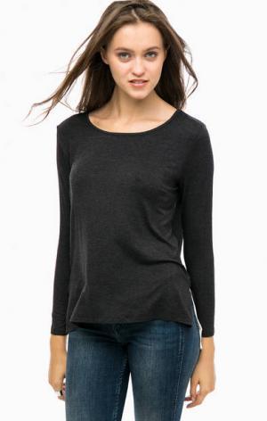 Трикотажная футболка с полупрозрачной вставкой MORE &. Цвет: черный