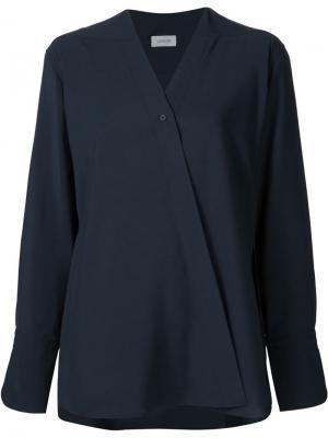 Блузка с V-образным вырезом запахом Lemaire. Цвет: синий