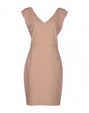 Короткое платье GOLD CASE SOGNO. Цвет: песочный