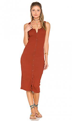 Платье в рубчик на пуговицах LACAUSA. Цвет: красный