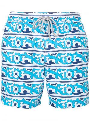 Пляжные шорты с цветочным принтом Capricode. Цвет: белый