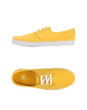 Низкие кеды и кроссовки C1RCA. Цвет: желтый