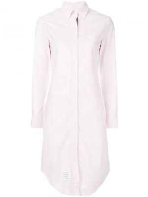 Платье-рубашка на пуговицах Thom Browne. Цвет: розовый и фиолетовый