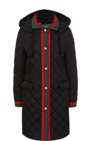 Приталенное стеганое пальто с капюшоном Gucci. Цвет: черный
