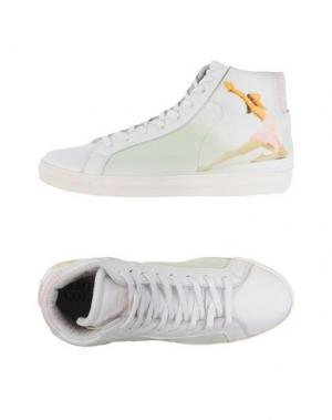 Высокие кеды и кроссовки AMERICAN COLLEGE. Цвет: белый