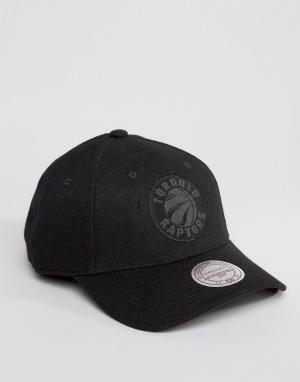Mitchell & Ness Шерстяная бейсболка Eclipse Toronto Raptors. Цвет: черный