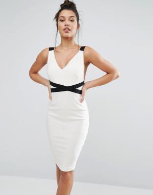 Vesper Эффектное контрастное платье-футляр с глубоким вырезом сзади. Цвет: кремовый