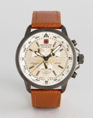 Swiss Military Часы с коричневым кожаным ремешком. Цвет: коричневый
