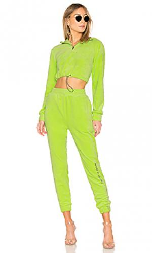 Спортивный костюм DANIELLE GUIZIO. Цвет: зеленый