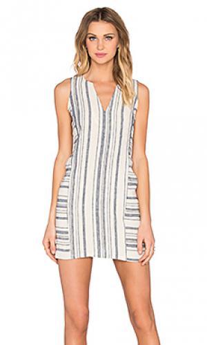 Платье с разрезом на линии шеи Michael Stars. Цвет: ivory
