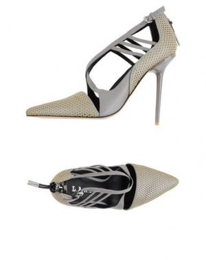 Туфли L.A.M.B.. Цвет: серый