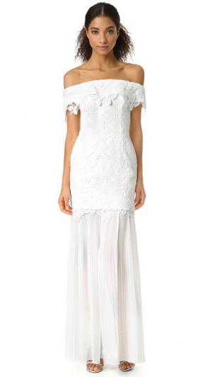 Кружевное вечернее платье с открытыми плечами Self Portrait. Цвет: белый