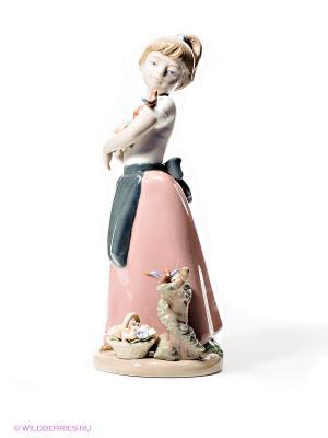 Фигурка Девочка Pavone. Цвет: розовый, белый, серый, бежевый