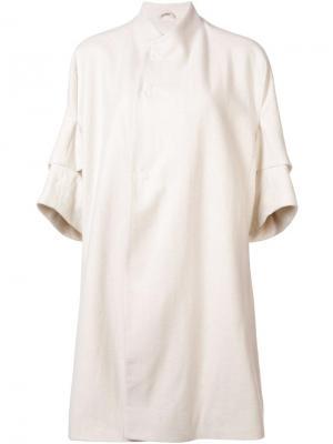 Пальто с фигурной горловиной Toogood. Цвет: белый